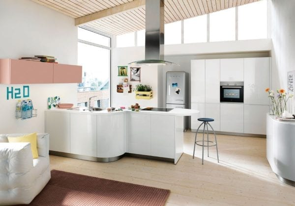 C Range Crystal White Gloss Curved Kitchen